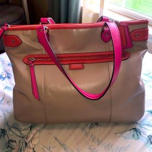 EUC COACH Tan/Pink Leather Tote Purse